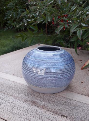 Vase rondh 10,5cm -26 €